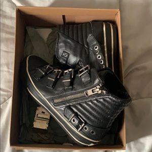 Vangelis High Top Sneaker